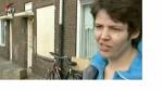 Deze vrouw woonde ook in de Graafsewijk, waar zo'n beetje alle ellende begonnen is. Ze woonde op het Lariksplein, maar welk nummer precies?